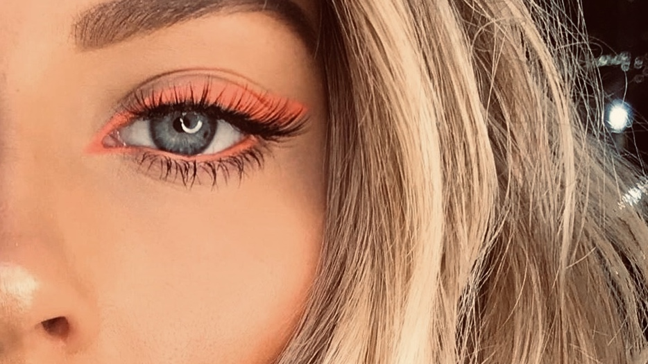 Color Eyeliner Looks You'll Love in 2020