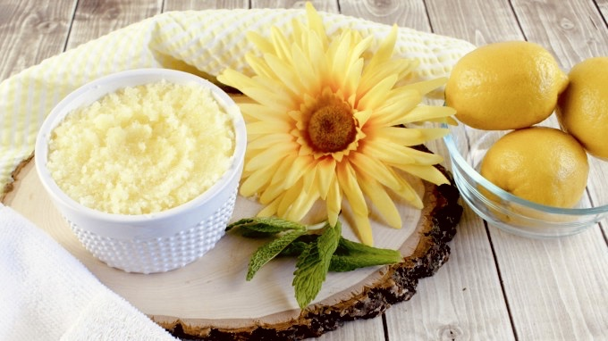 Lemon Scrub DIY Recipes